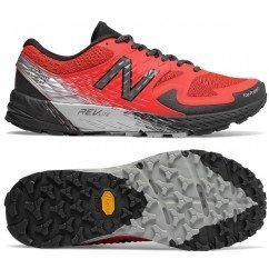 chaussures de trail running pour hommes new balance summit kom mtskomfb flame with black